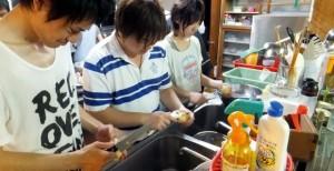 小谷村ワークキャンプ 夕食準備
