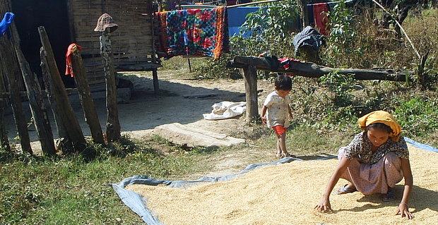 ミャンマーの風景 - 家族