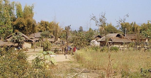 ミャンマーの風景 - 村