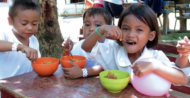 フィリピンでのワークキャンプ