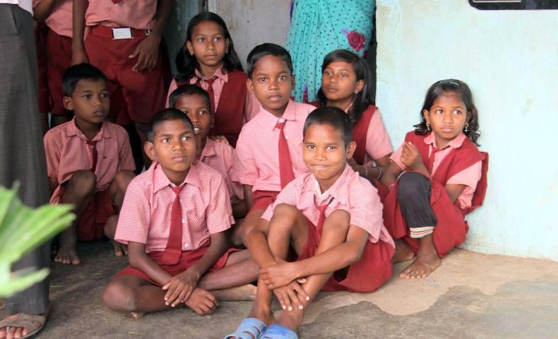 パダトラ小学校の子どもたち(2)