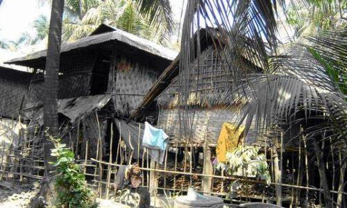 パネールチョラ村の家の様子