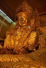 Mahamuni パゴダ仏像